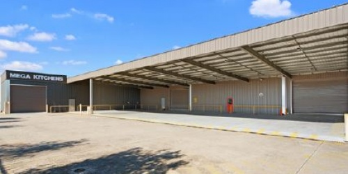 Office/Showroom/Warehouse for Auction